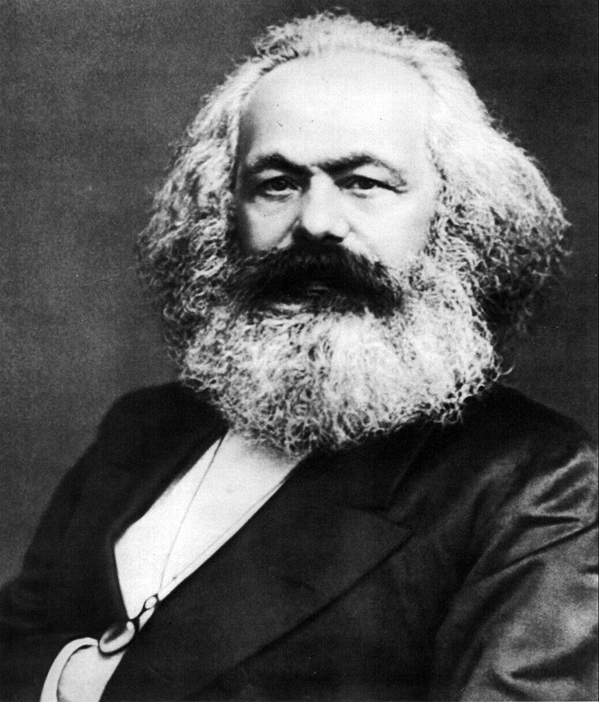 Diferencias entre socialismo y comunismo