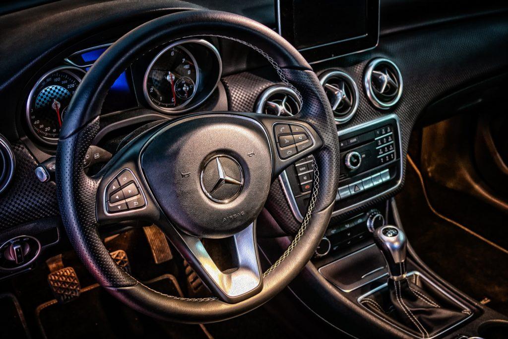 Diferencias entre automóviles de transmisión automática y manual